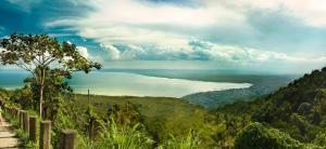 widok na zatoke Samana i Park Narodowy Los Haitises